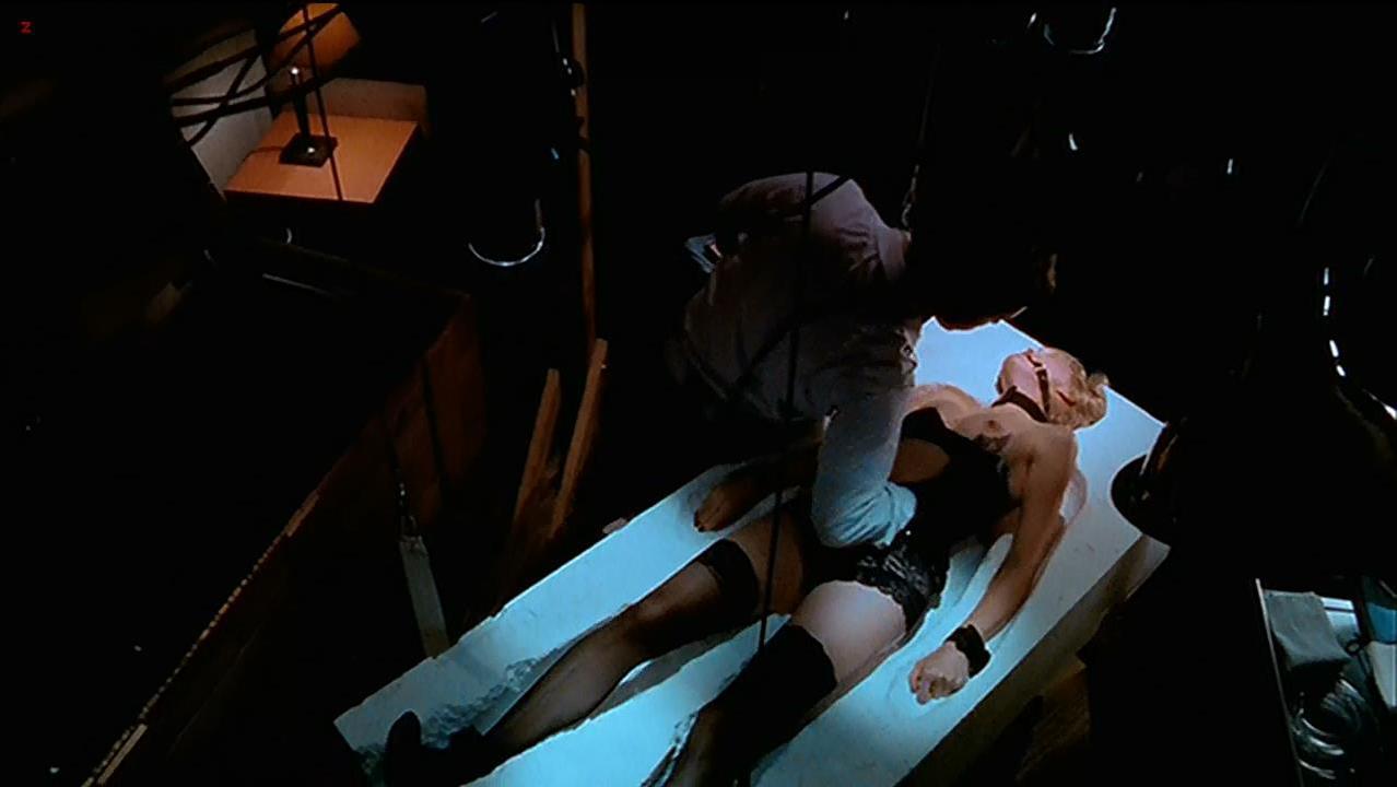 Melissa Sagemiller sexy - Love Object (2003)