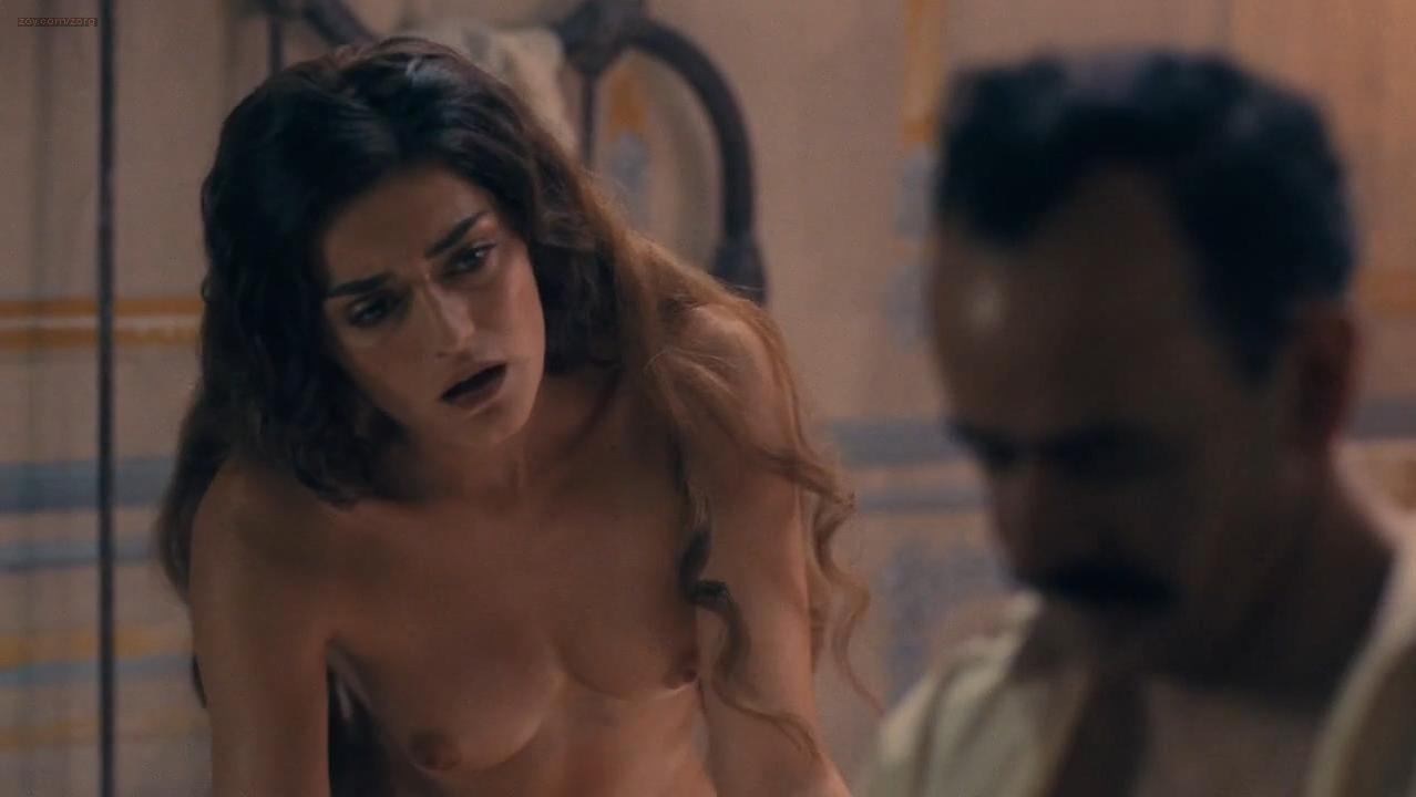 Sexy sci fi girl nude