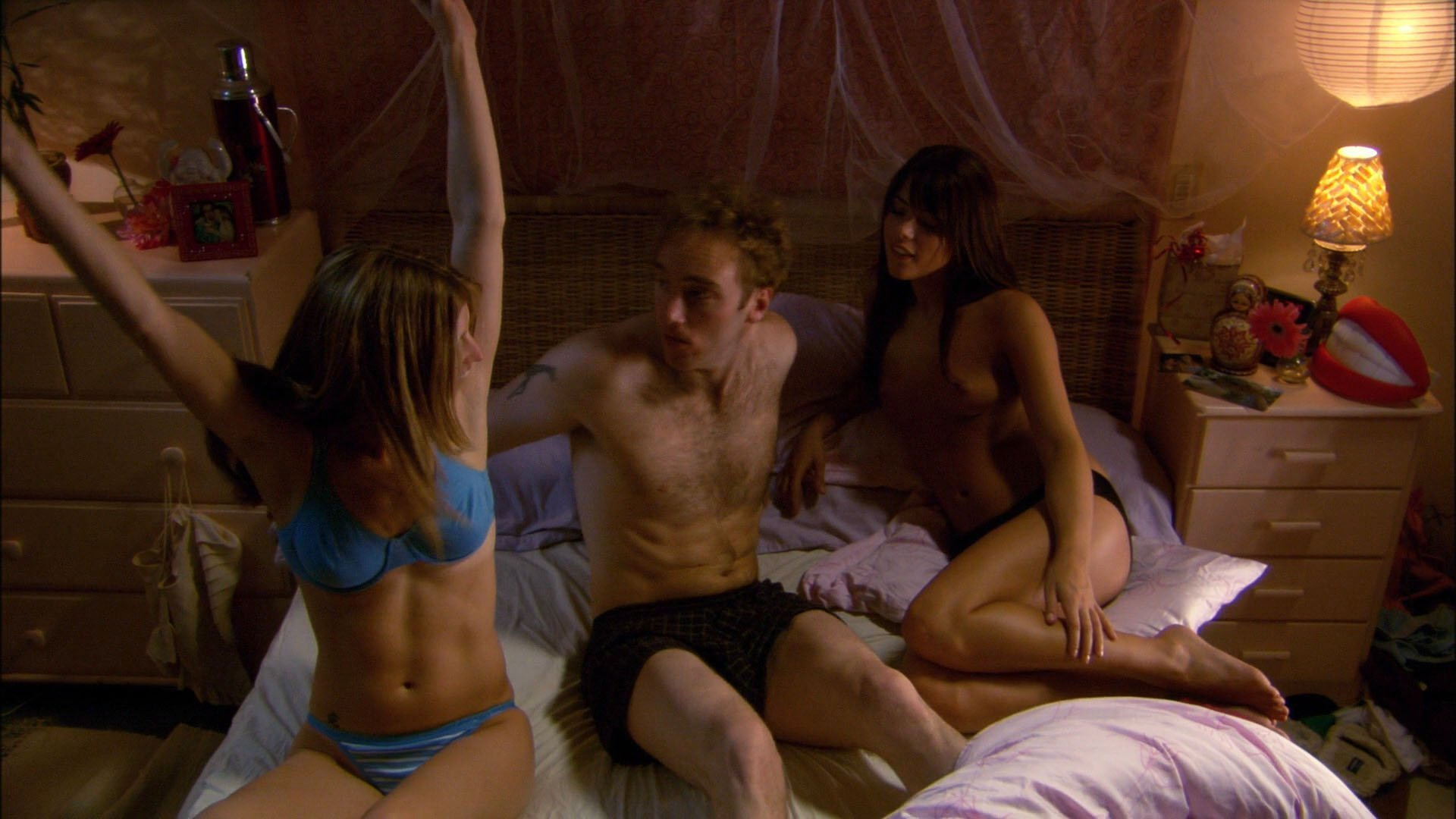 Nicole Marie Lenz nude, Jill Ritchie sexy - Seeing Other People (2004)
