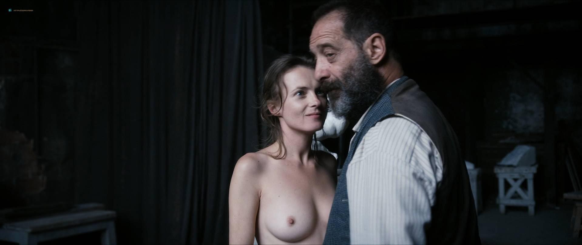 Izïa Higelin nude, Magdalena Malina nude, Olivia Baes nude, Zina Esepciuc nude, Daphne Koustafti nude - Rodin (2017)