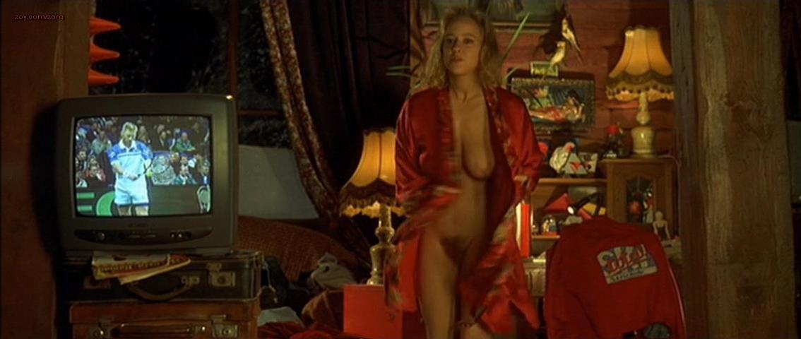 Floriane Daniel nude - Winterschlafer (1997)