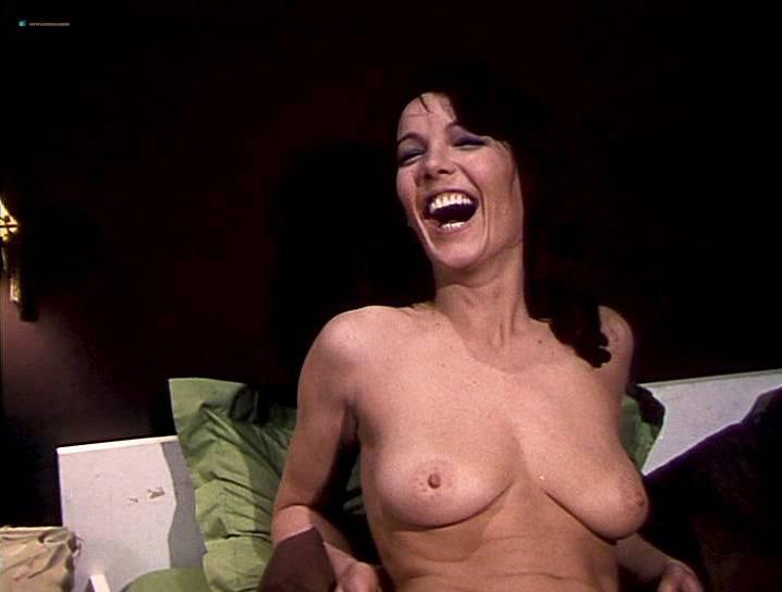 Willeke van Ammelrooy nude, Sylvia Kristel nude - Frank en Eva (1973)