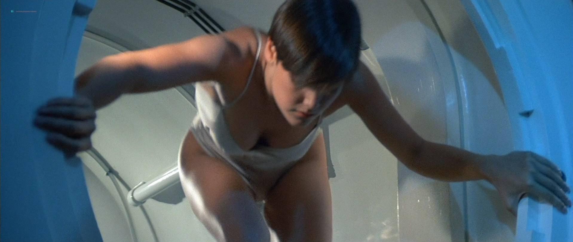 Carey Lowell sexy, Talisa Soto sexy - Licence to Kill (1989)
