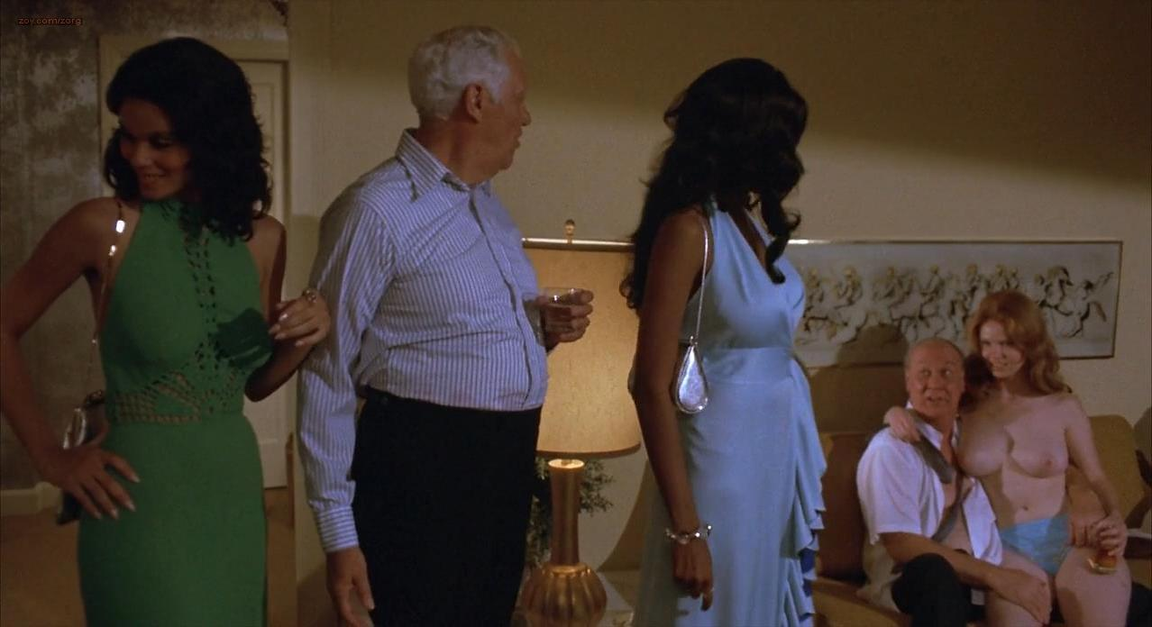 naked-scenes-from-foxy-brown-the-movie