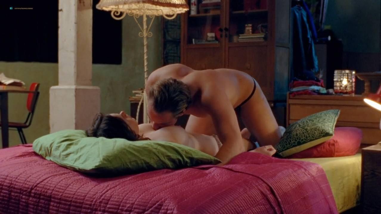 Anna Raadsveld nude, Isis Cabolet nude, Charlie Dagelet nude - LelleBelle (2010)