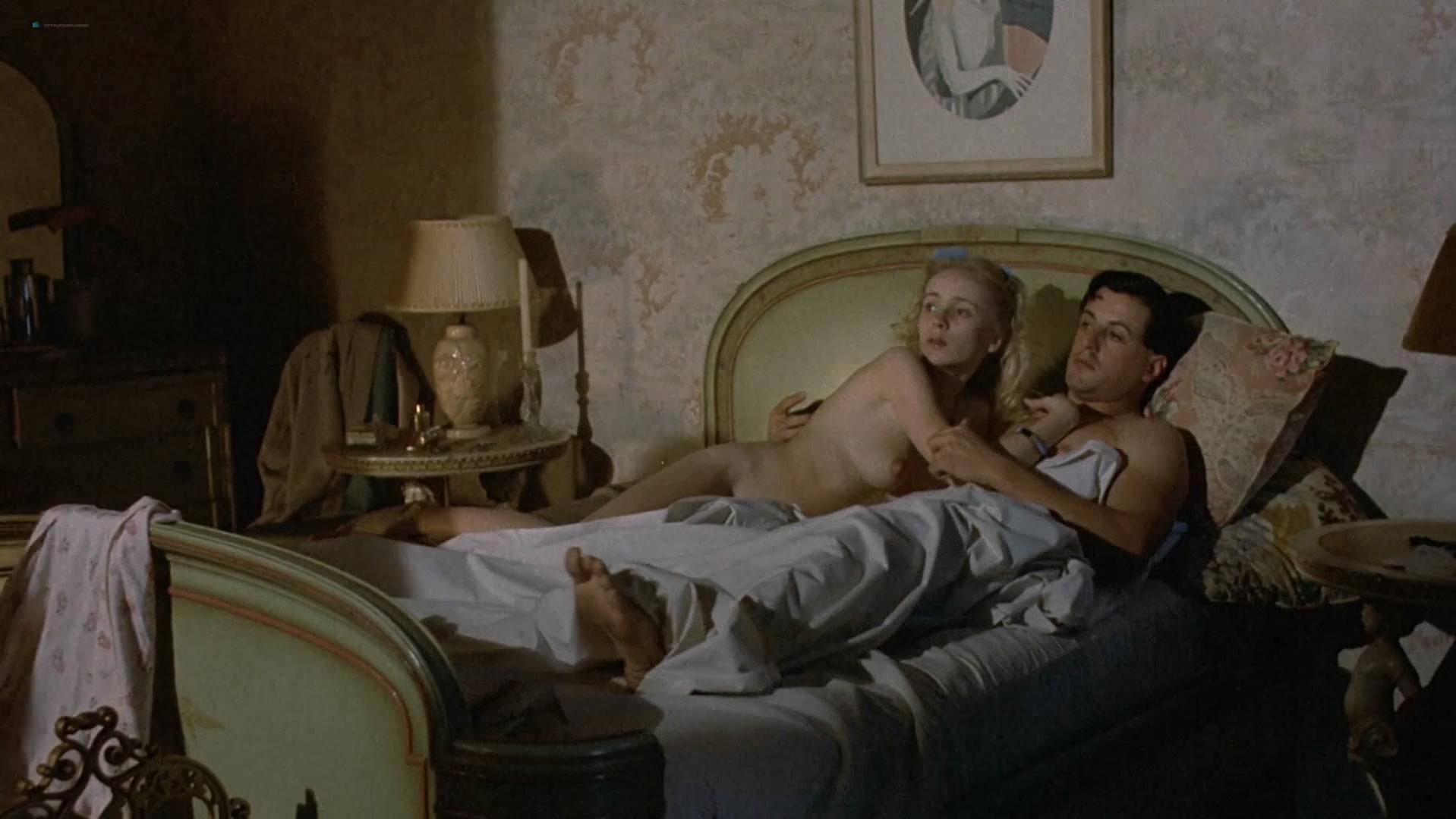 Cheryl Smith nude - Farewell My Lovely (1975)