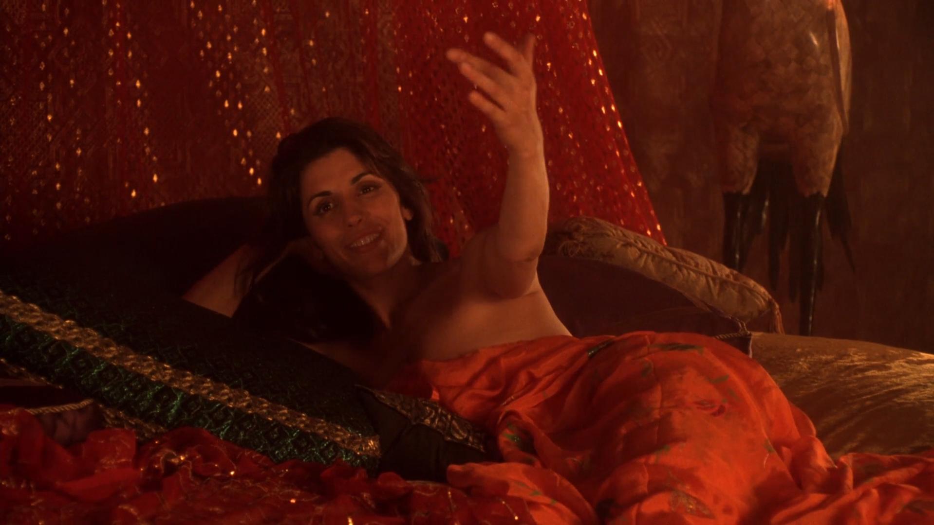 Lisa Comshaw nude, Jo Champa sexy - Don Juan DeMarco (1995)