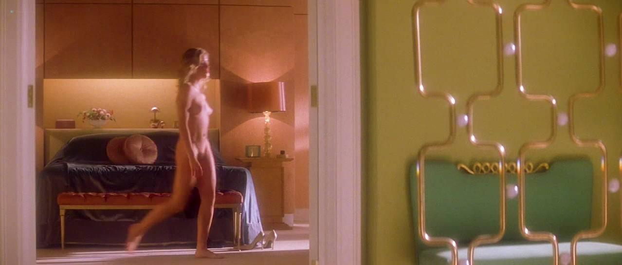 Alison Lohman nude, Rachel Blanchard nude - Where the Truth Lies (2005)