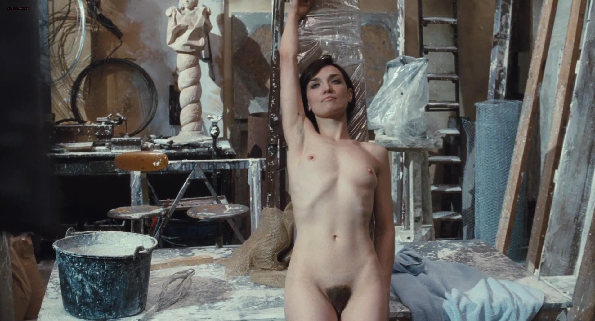 Angelique Cavallari nude - Anni felici (2013)