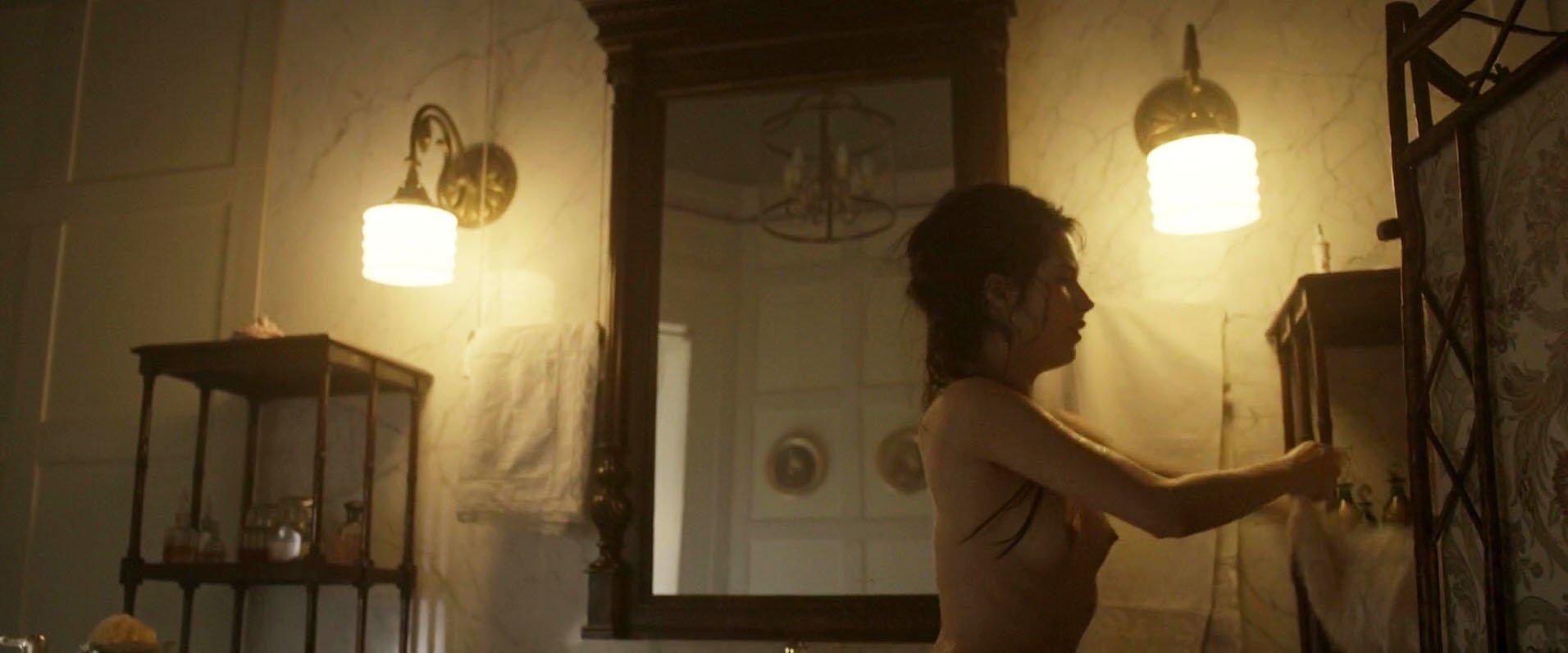 Michalina Olszanska nude - Matilda (2017)
