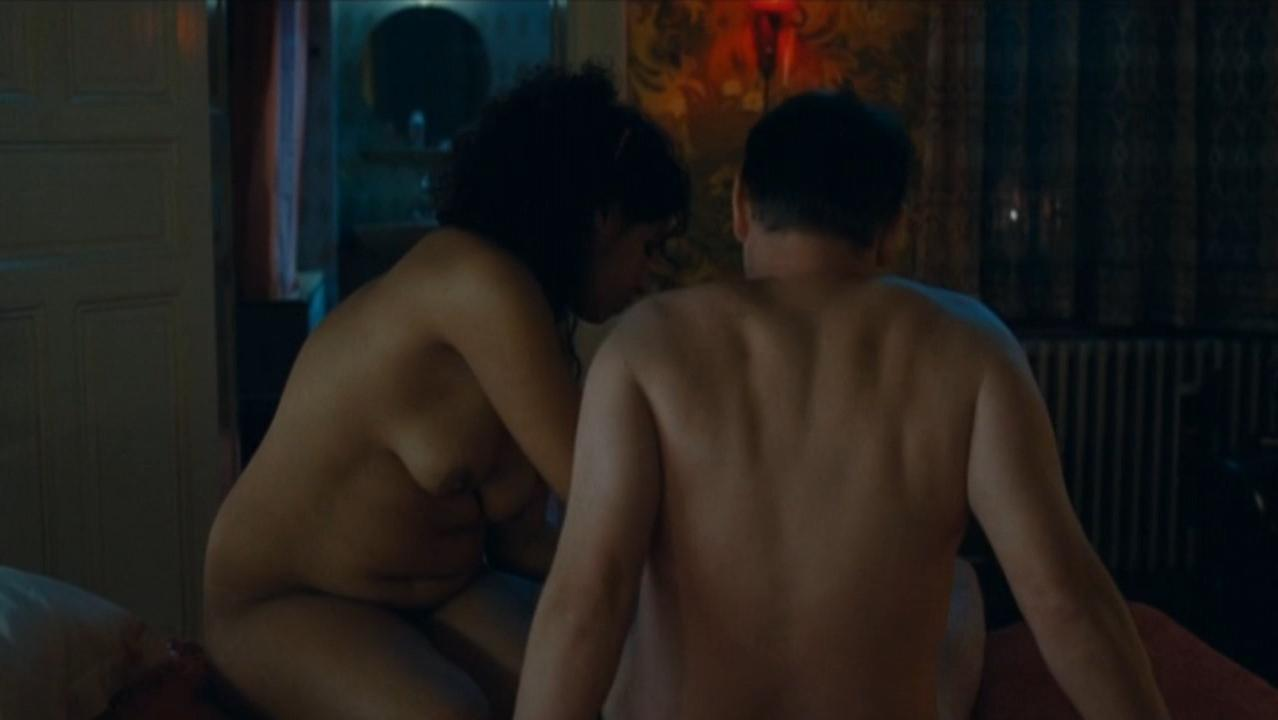 Sabila Moussadek nude - Sans queue ni tete (2010)