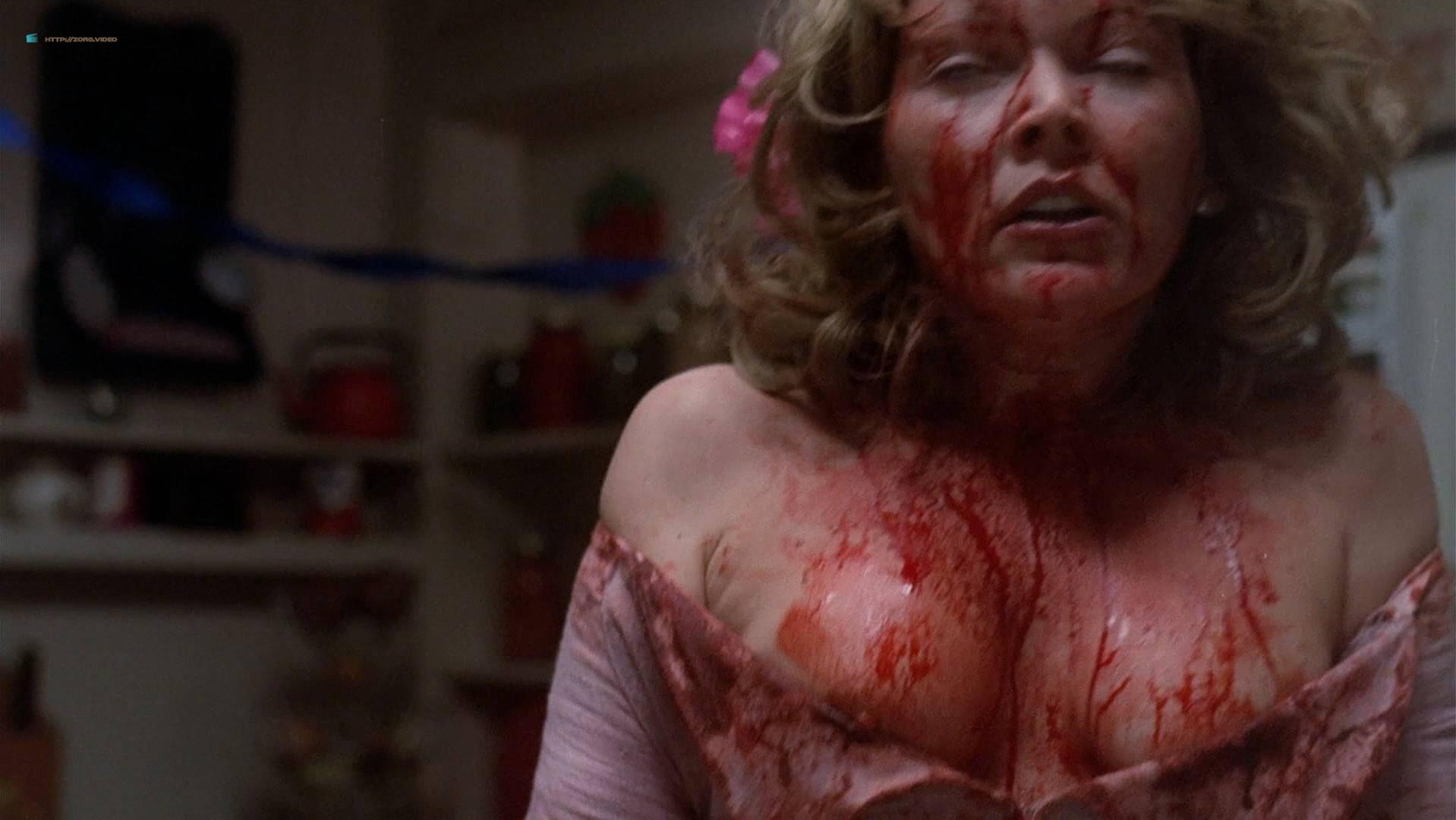 Julia Duffy nude, Susan Tyrrell nude - Night Warning (1981)