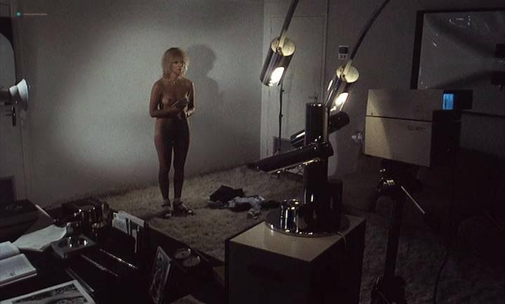 Miou-Miou nude, Sabine Azema nude, Arlette Emmery nude - On Aura Tout Vu (1976)
