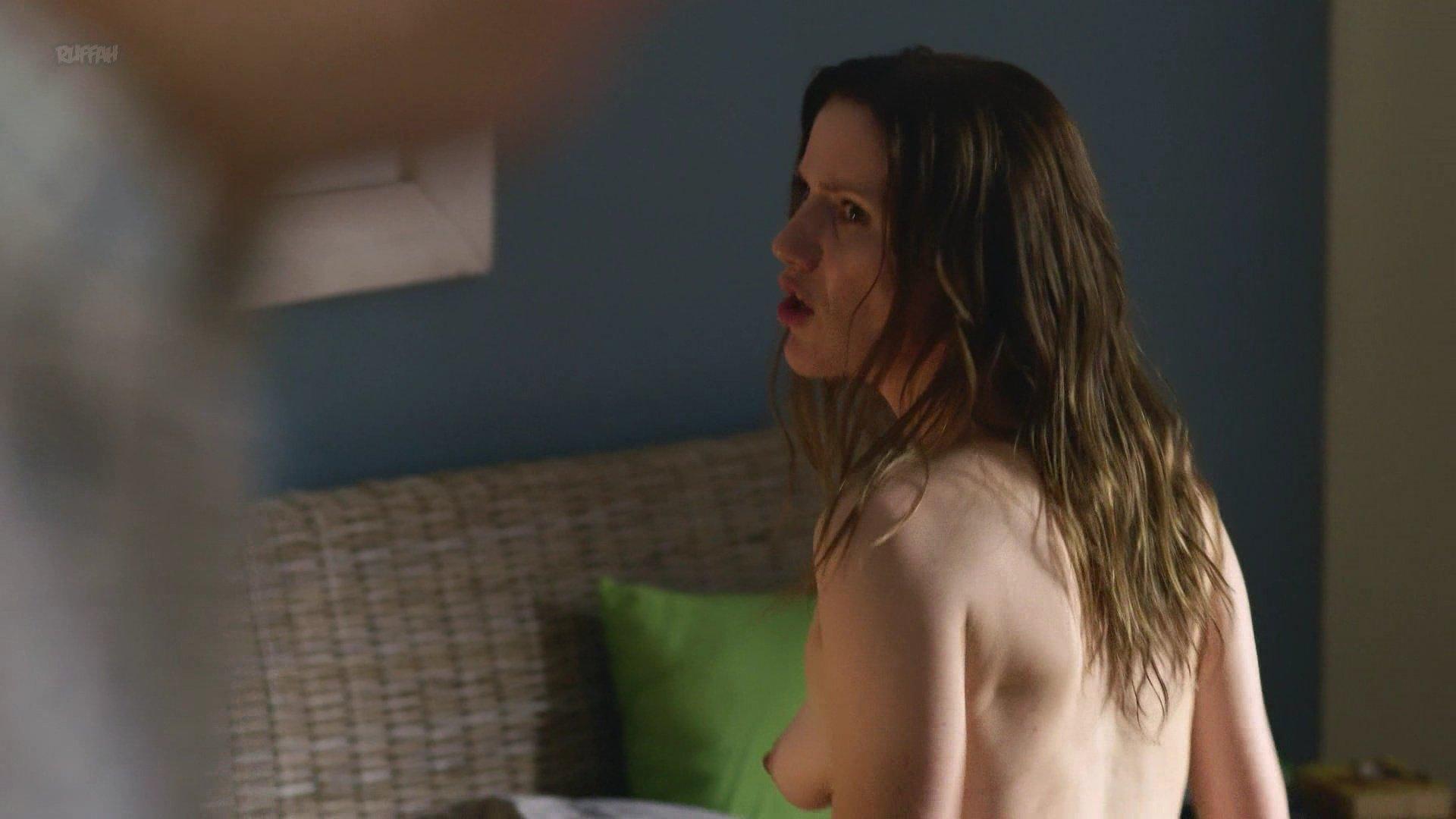Bettina Lamprecht nude - Pastewka s08e02 (2018)