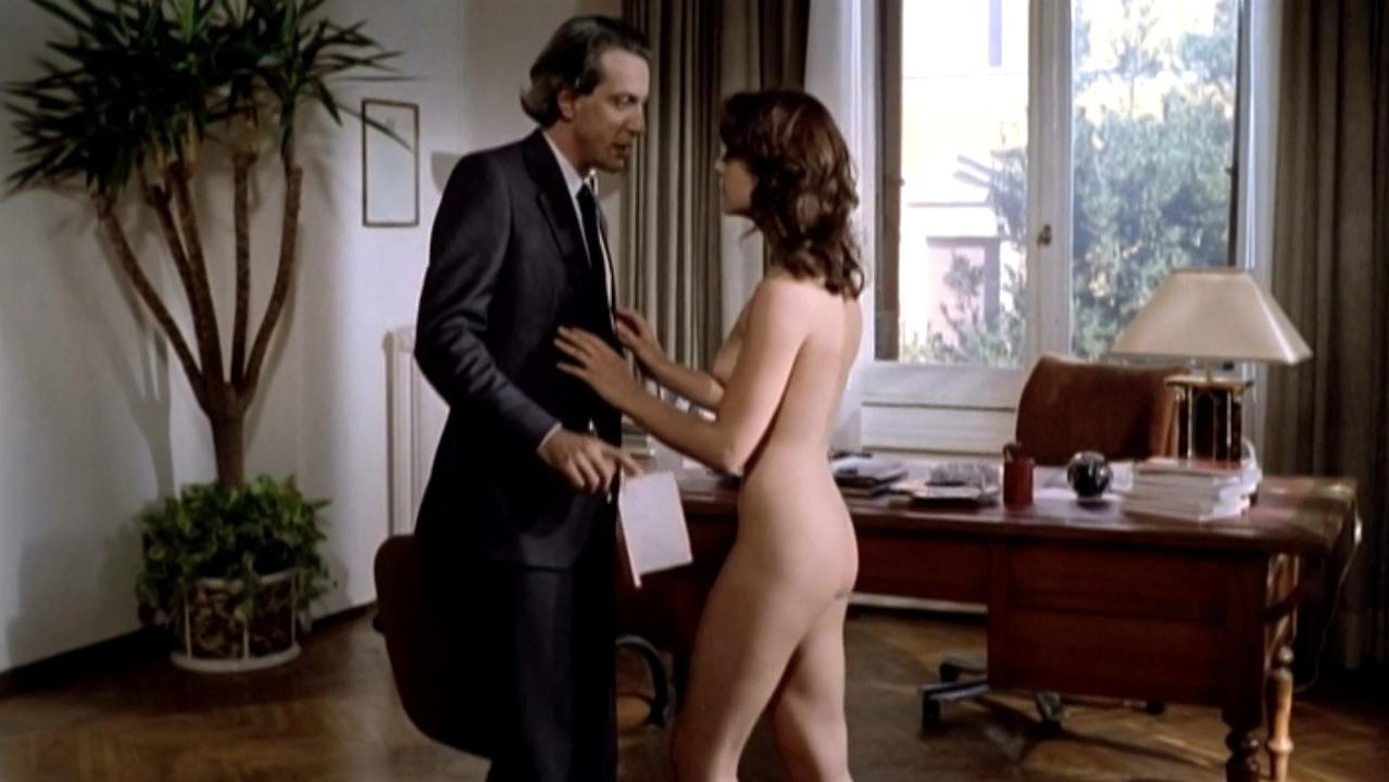 Maruschka Detmers nude - Devil in the Flesh (1986)