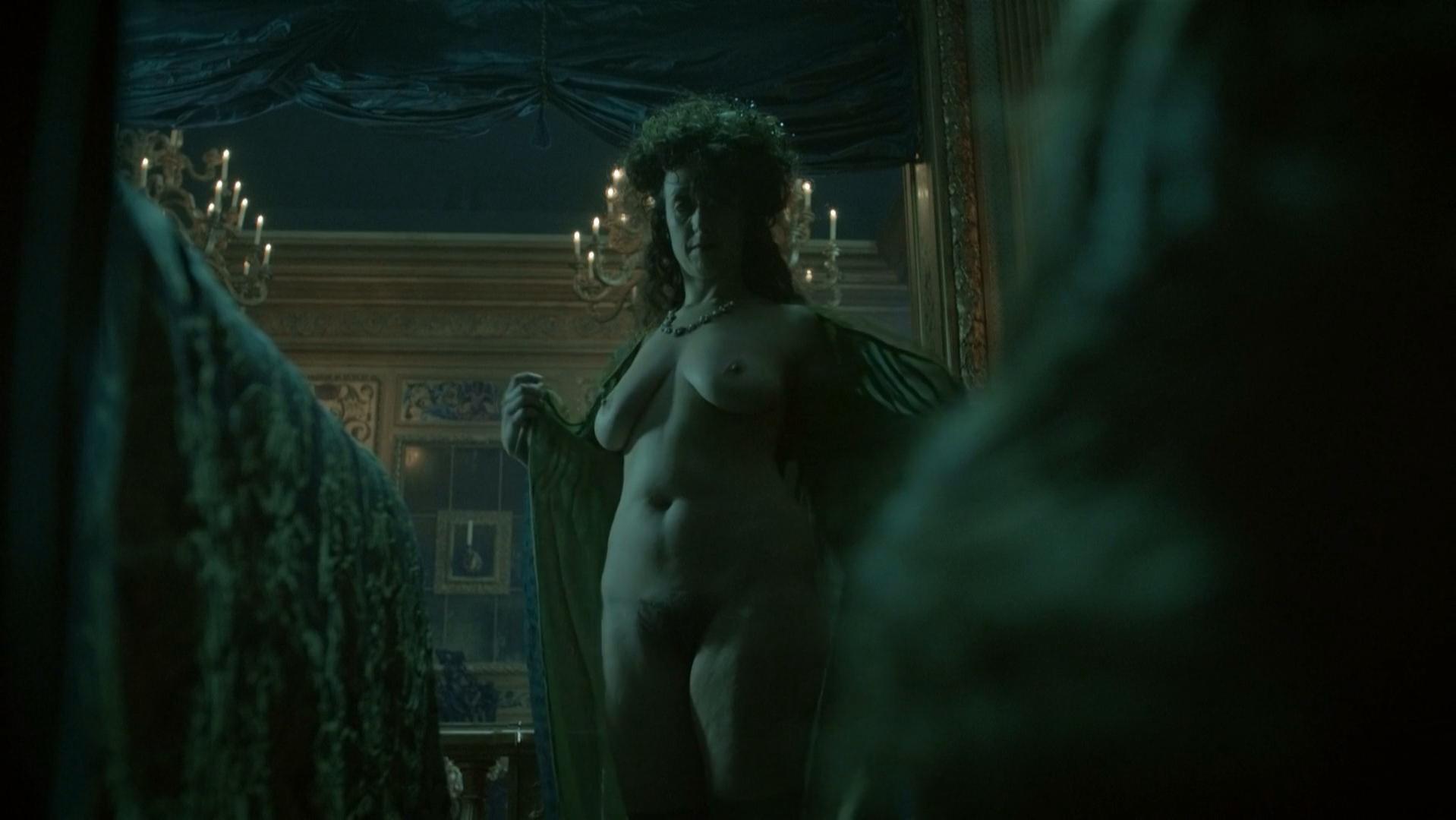 Alexia Giordano nude, Maddison Jaizani nude, Valerie Thoumire nude - Versailles s01e01-03 (2015)