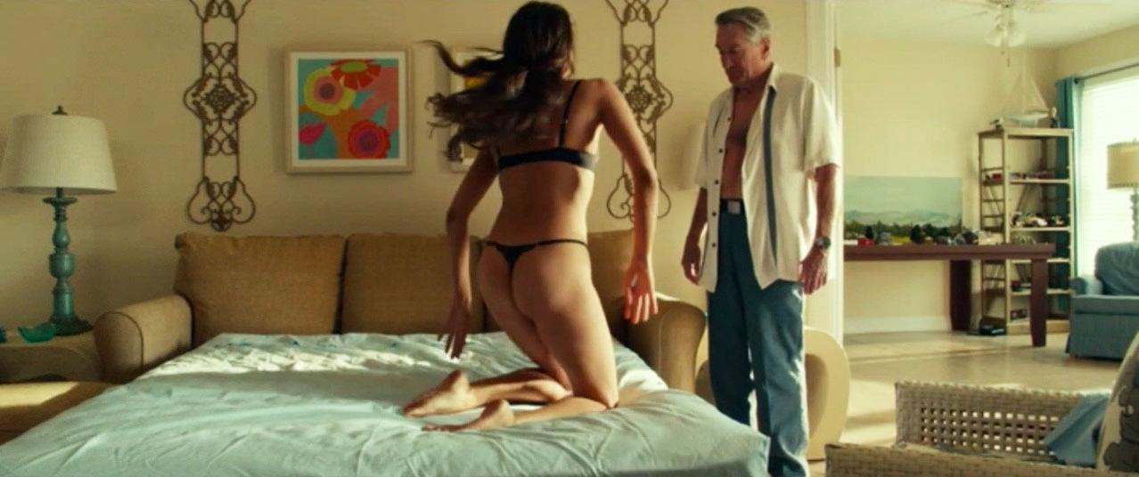 Aubrey Plaza sexy - Dirty Grandpa (2016)