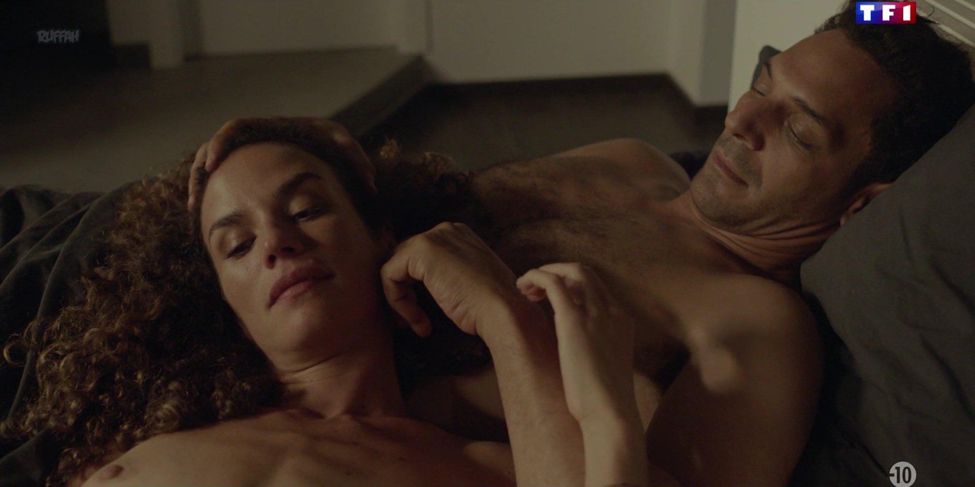 Barbara Cabrita nude - Les Innocents s01e06 (2018)