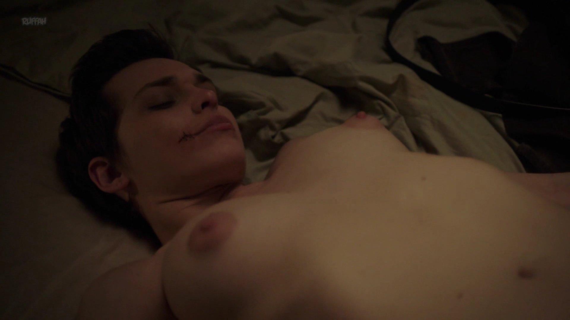 Sara Serraiocco nude, Nazanin Boniadi sexy - Counterpart s01e04 (2018)