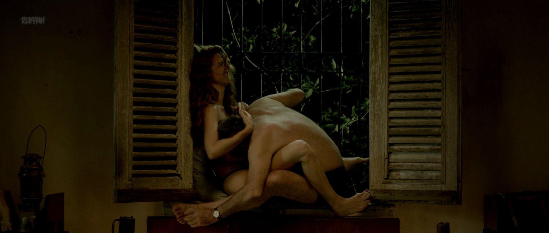 Juana Acosta nude - Cuatro Estaciones en La Habana s01e01 (2016)