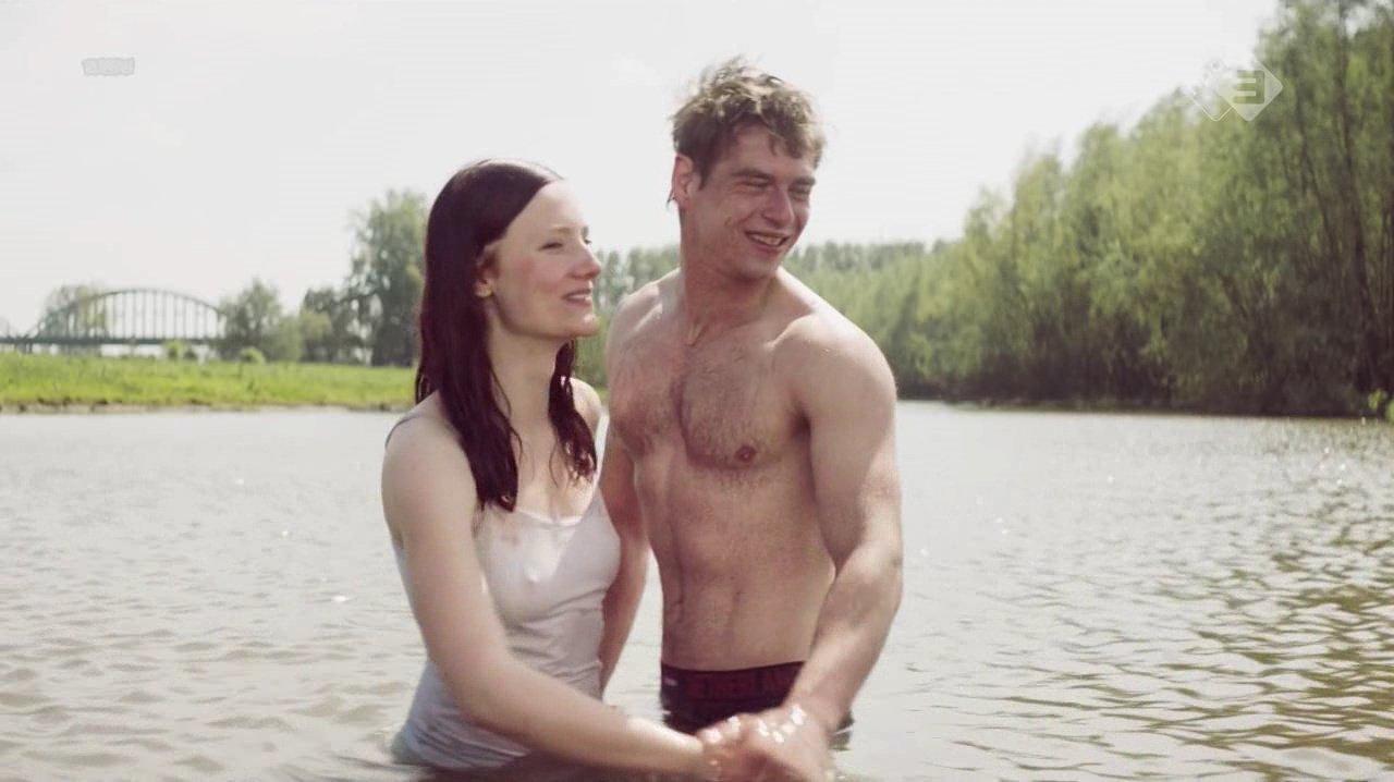 Joy Verberk nude - Avondland (2017)