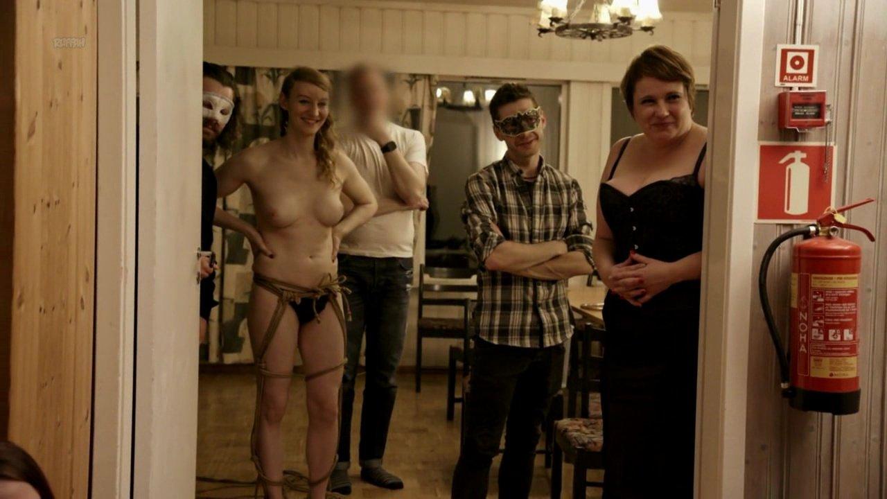 Sandra Moen nude, Rakel nude - Insider FEM s02e01 (2018)