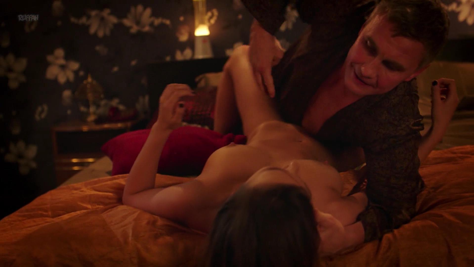 Irina Vilkova nude, Irina Butanaeva nude - Eyo Zvali Mumu (2016)