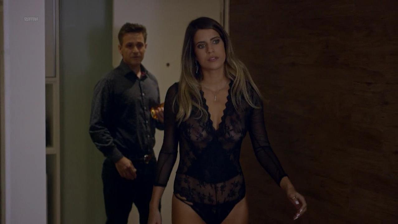 Maria Bopp nude - Me Chama De Bruna s02e08 (2017)