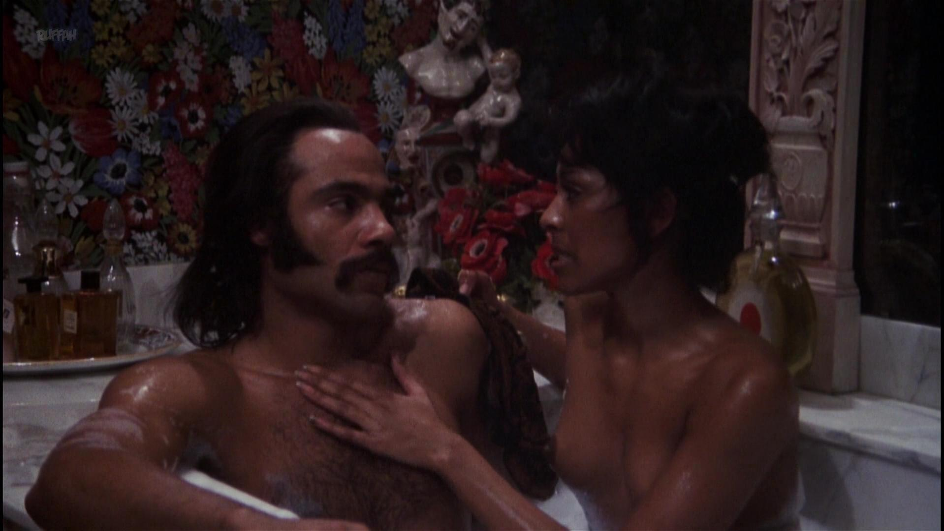 Sheila Frazier nude, Polly Niles nude - Super Fly (1972)
