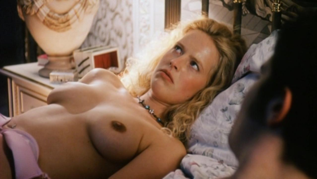 Diana Amft nude - Girls on The Top (2001)