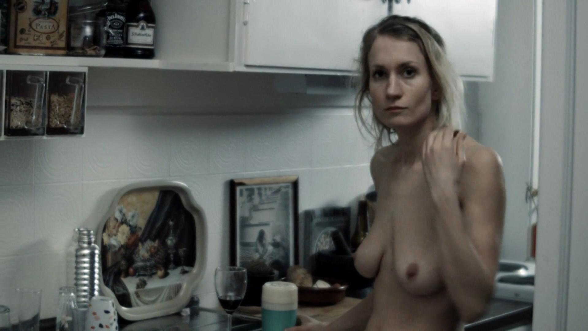 Birgitte Larsen nude - Retrett (2016)