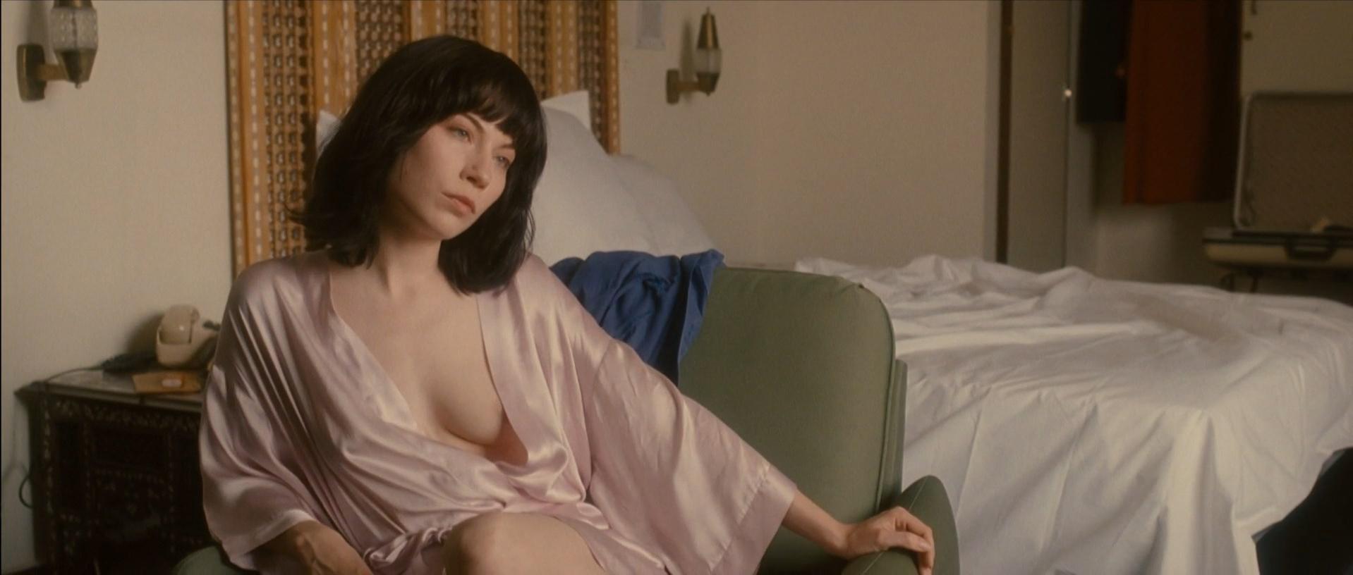 Nora von Waldstatten nude - Carlos s01e02 (2011)