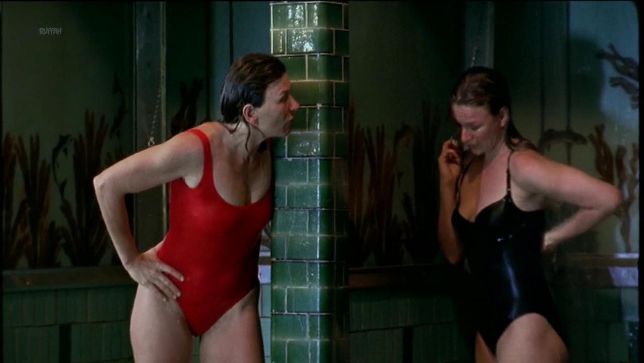 Suzanne Ernrup sexy - Pusselbitar s01e03 (2001)