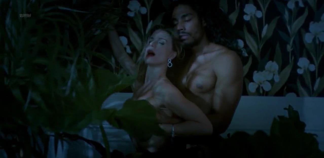 Maria Luisa Mendonca nude - Desnude s01e06 (2018)